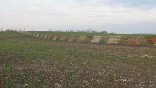 Откраднаха 60 м снегозащитна ограда ден след монтажа й
