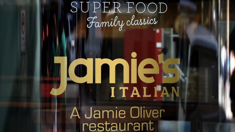 Империята от ресторанти наДжейми Оливър се срива, рискувайки 1000 работни