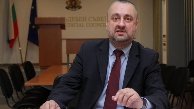 Във ВСС прекратиха преписката срещу речта на Лозан Панов