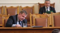 Каракачанов: Когато не можеш да си ремонтираш опела, не мечтаеш за S класа