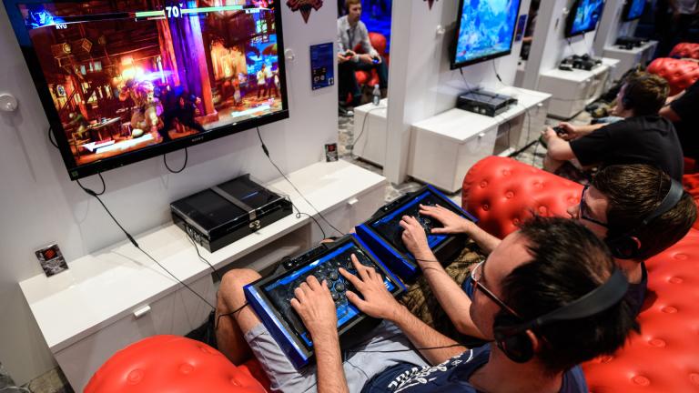 Sony продаде 60 милиона PlayStation 4