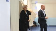 """""""Национален сбор"""" на Марин льо Пен води във Франция"""