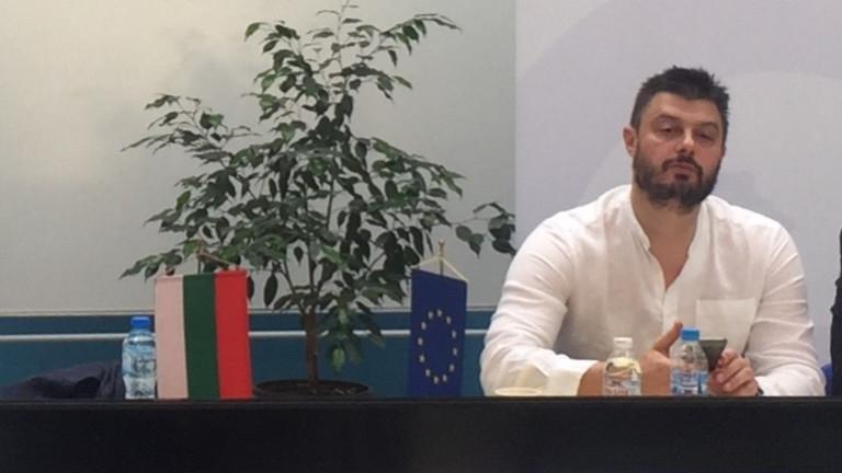 """Бареков кани само """"Атака"""" в консервативната платформа"""