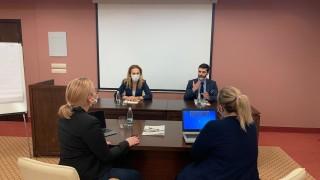 Николова уверява, че се работи да не се затварят границите между балканските държави