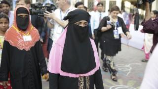 Младоженките в Бангладеш вече няма да пишат дали са девствени в брачните формуляри