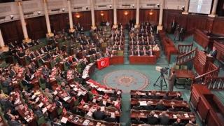 Парламентът на Тунис гласува недоверие на премиера
