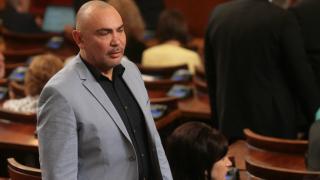 Една трета от българите сме наследници на хора, раждани в Македония, твърди Росен Петров