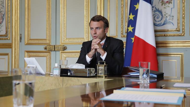 Френският президент Еманюел Макрон призова премиера на Израел Бенямин Нетаняху