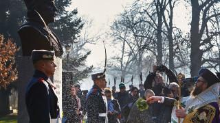 Капитан Петко войвода зае своето място в алеята на бележитите българи