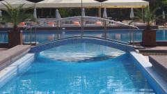 4-годишно момче пострада тежко в басейн в Хасково