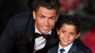 В семейството на Роналдо - какъвто бащата, такъв и синът