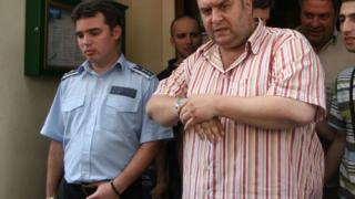Дучето иска затвор за хулиганите