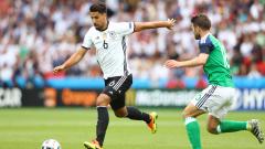 Сами Кедира пропуска следващите два мача на Германия?