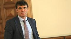 Патриотите искат оставката на шефа на комисията за българите в чужбина