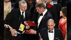 """Чиновник """"туитвал като луд"""" и объркал пликовете на Оскарите"""