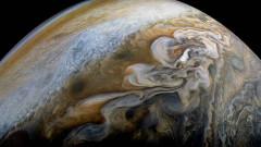 Juno: Юпитер като гигантски ахат