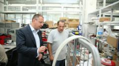 Станишев: Подпомагаме бизнеса чрез антикризисния план