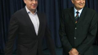 Станишев и Костов в кратка схватка в парламента