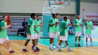 Берое на полуфинал в Балканската лига