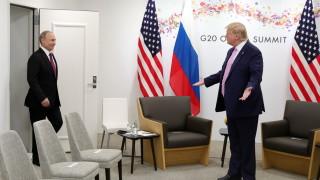 """Тръмп зове Русия да прекрати подкрепата за """"зверствата"""" на режима в Сирия"""