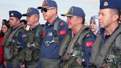 Анкара: Турция не се дистанцира от НАТО с руския С-400
