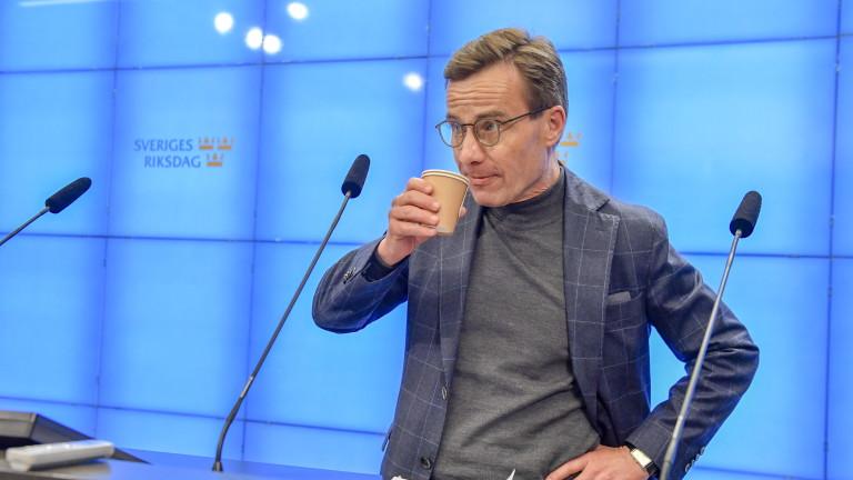 Двете най-големи опозиционни партии в Швеция призоваха за сформиране на