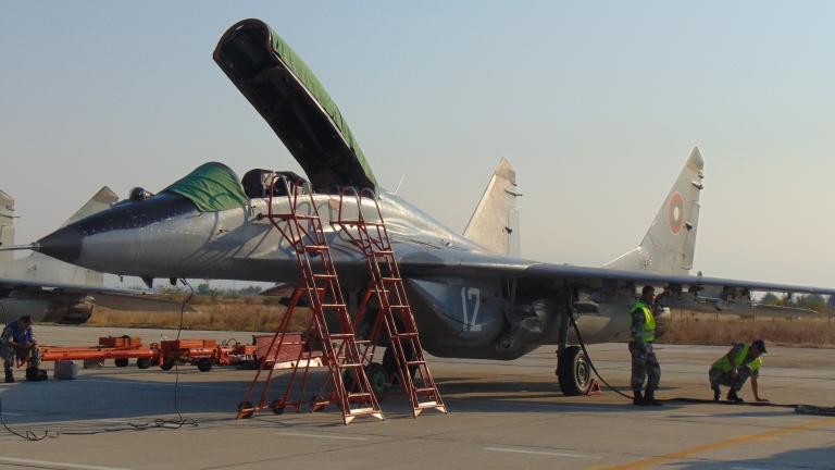От МО отложиха преговорите за удължаване ресурса на изтребителите ни МиГ-29