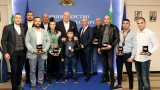 Министър Кралев награди медалистите от Световното първенство по кикбокс