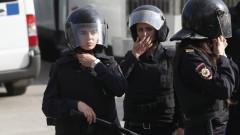 Полиция нахлу в домове на активисти от опозицията в цяла Русия