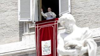"""Папа Франциск предупреди държавите от Г-20 да не влизат в """"опасни съюзи"""""""