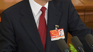 Китай с петилетен план за туширане на социалното напрежение