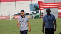 Петър Златинов: Вихрен няма място във Втора лига с тази игра