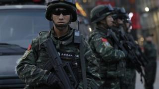 Пекин затегна мерките за сигурност заради заплахи срещу западняци