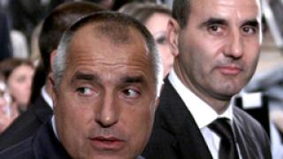 Цветанов дръпна Борисов и ГЕРБ надолу