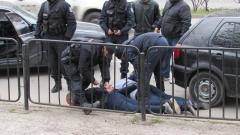 20-тина задържани при операция на русенските полицаи