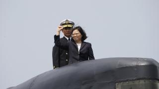 Тайван строи първата си подводница