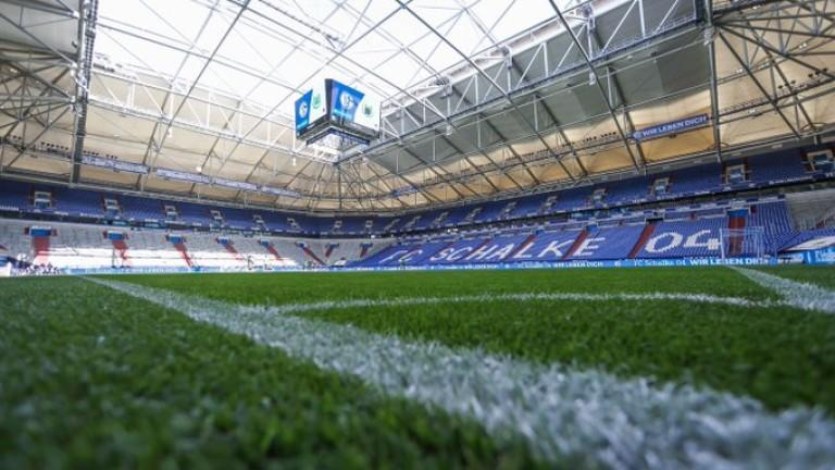 Здравните власти в Северен Рейн-Вестфалия поискаха ново затваряне на стадионите