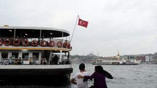 Турция спира фериботите до гръцките острови