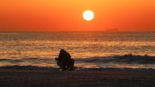 Япония отбелязва 7-ма годишнина от трагедията във Фукушима и смъртоносното цунами