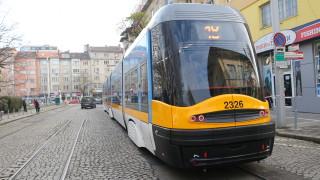 Нови 25 трамвая и 30 тролея пристигат в София през 2020 г.
