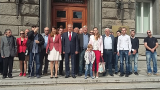 Борисов трябва да мисли за меко кацане от властта, съветва Томов