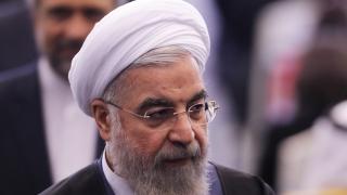 Рохани в сблъсък с иранската полиция заради моралните агенти под прикритие