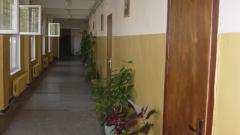 МОН проверява случая с изгоненото от помощно училище дете