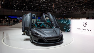 """""""Хърватският Илън Мъск"""" представи суперавтомобил за 2 млн. долара с почти..."""