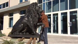 Връщат лъва от Военноисторическия музей пред НДК