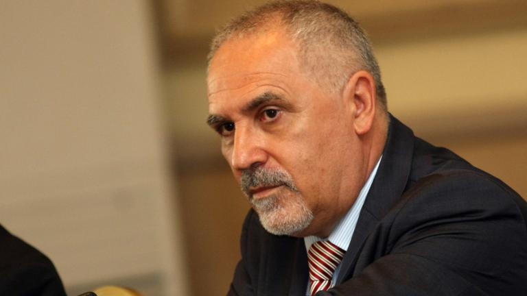 Любомир Кючуков: Блокирането на С. Македония за еврочленство е в полза на македонизма