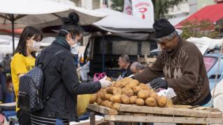 Крахът на лирата докара до бедност близо 18 млн. турци