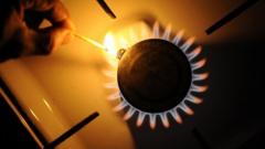 Драстично поевтиняване на природния газ в България