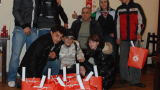 ЦСКА погали деца без родителски грижи
