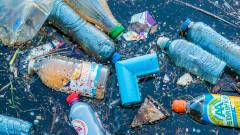 ЕС забранява пластмасовите сламки, прибори за хранене и клечки за уши